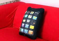 Подушка в форме Iphone