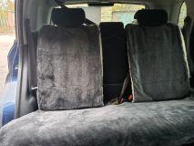 Накидка на заднее сиденье автомобиля из меха овчины (мутона) черный